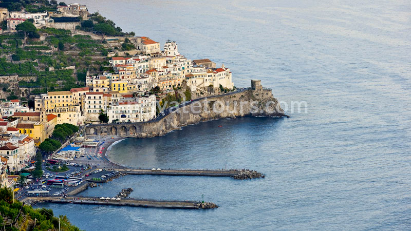 amalfi coast port